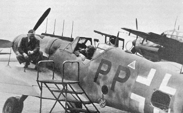 Luftwaffe 46 et autres projets de l'axe à toutes les échelles(Bf 109 G10 erla luft46). - Page 18 Aj2-g6n2